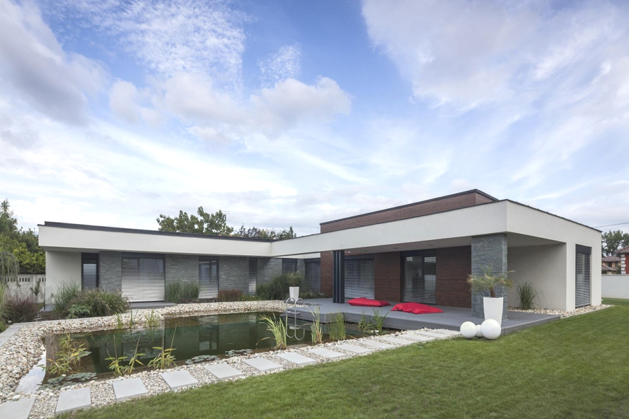 Contemporary-Homes-Hungary-Adelto-0001