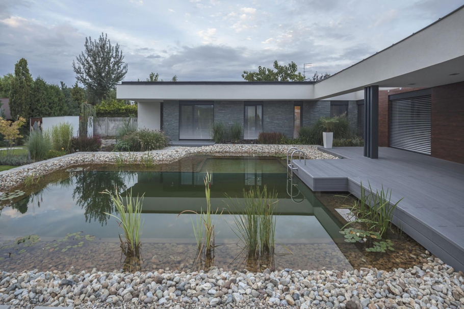 Contemporary-Homes-Hungary-Adelto-0003