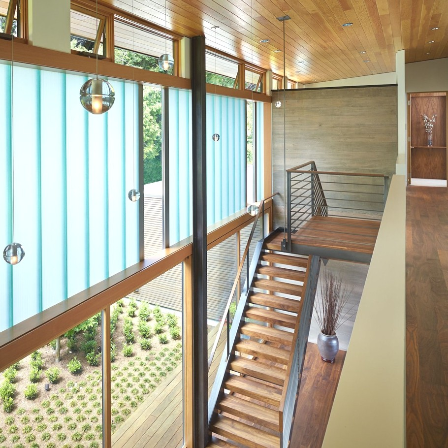 Contemporary-Homes-Seattle-Adelto-10