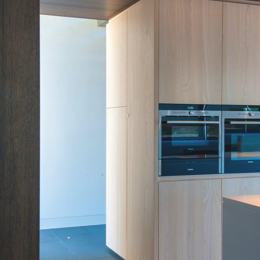 Contemporary-Kitchen-Design-Ideas-Adelto-07