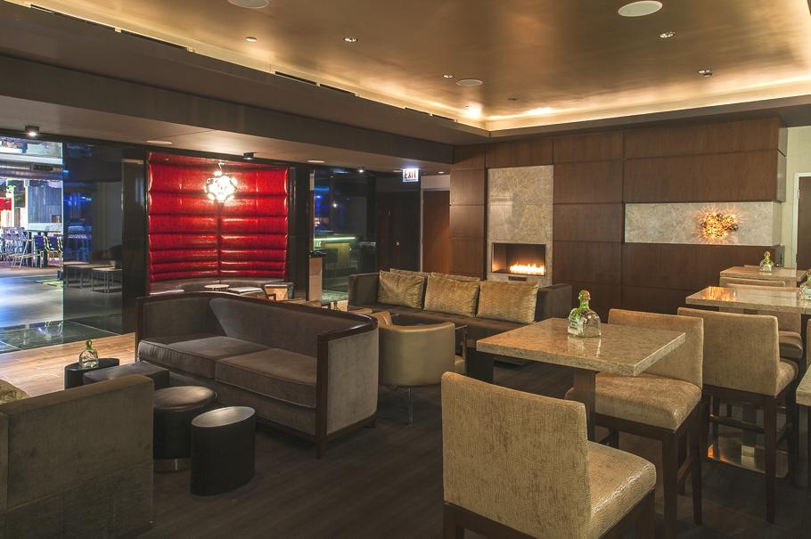 Godfrey-Hotel-Chicago-Adelto-0003