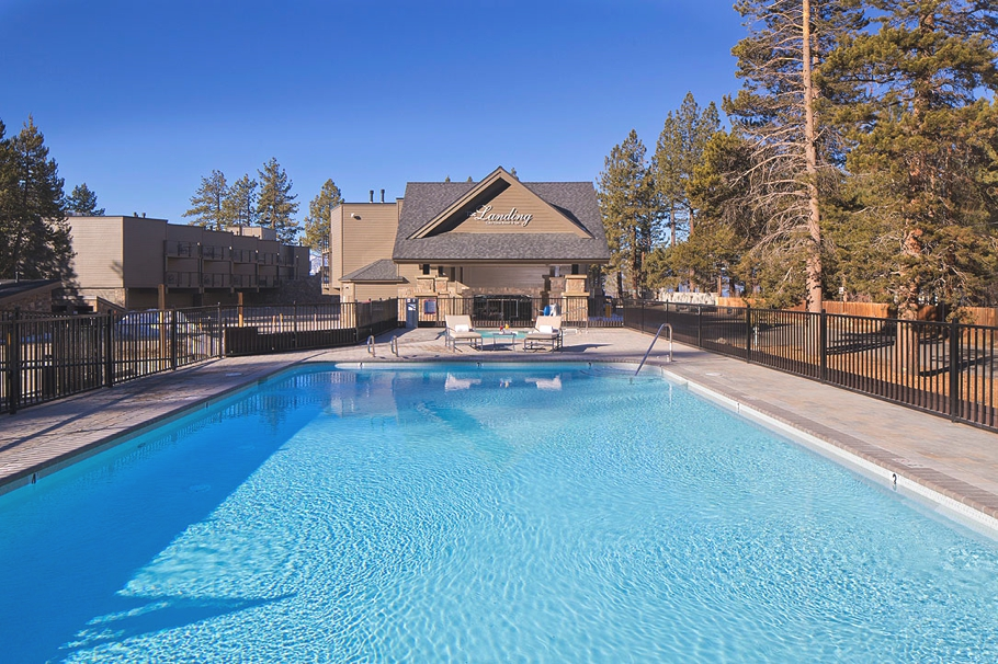 Hotels-in-Tahoe-South-California-Adelto-04