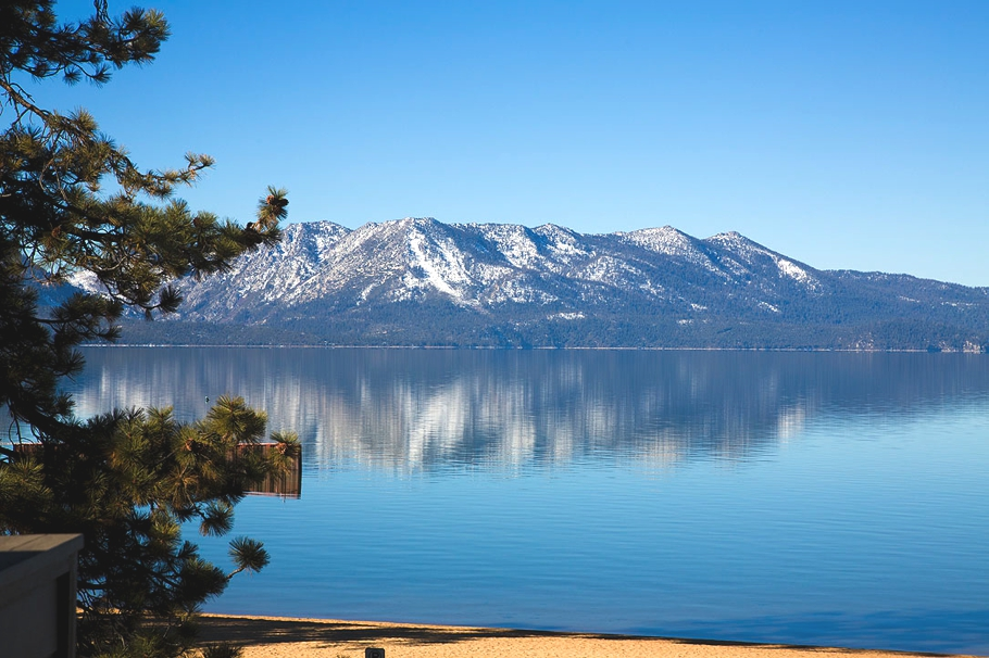 Hotels-in-Tahoe-South-California-Adelto-09