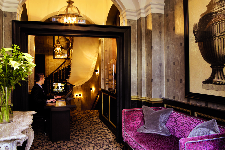 Luxury-Hotel-Edinburgh-Scotland-Adelto-04