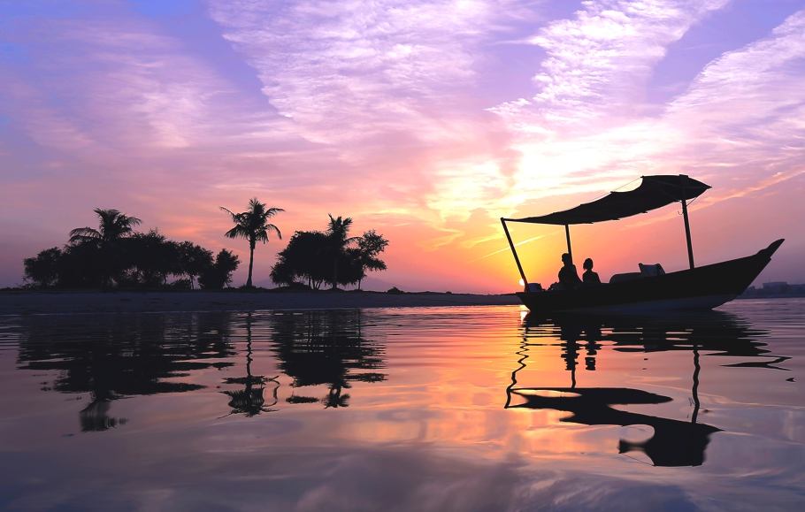 Luxury-Hotel-UAE-Banyan-Tree-Adelto-09