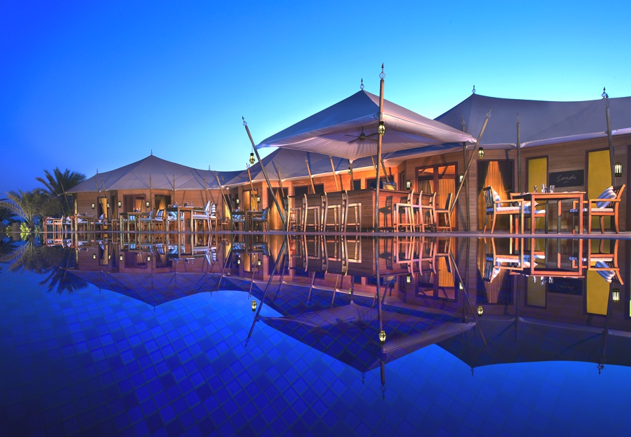 Luxury-Hotel-UAE-Banyan-Tree-Adelto-11