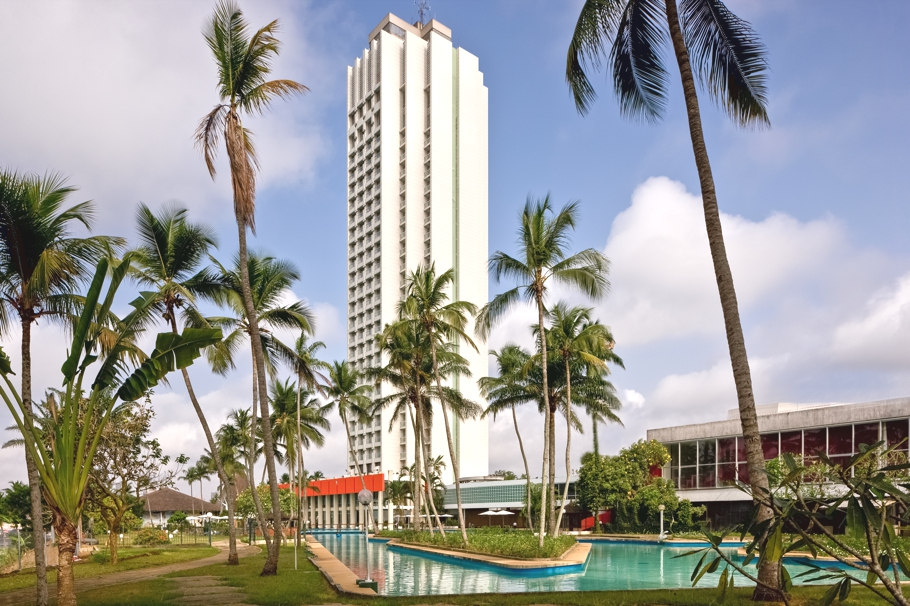 Luxury-Hotels-West-Africa-Ivory-Coast-Adelto-01
