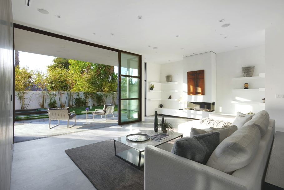 Luxury-homes-California-Adelto-0006