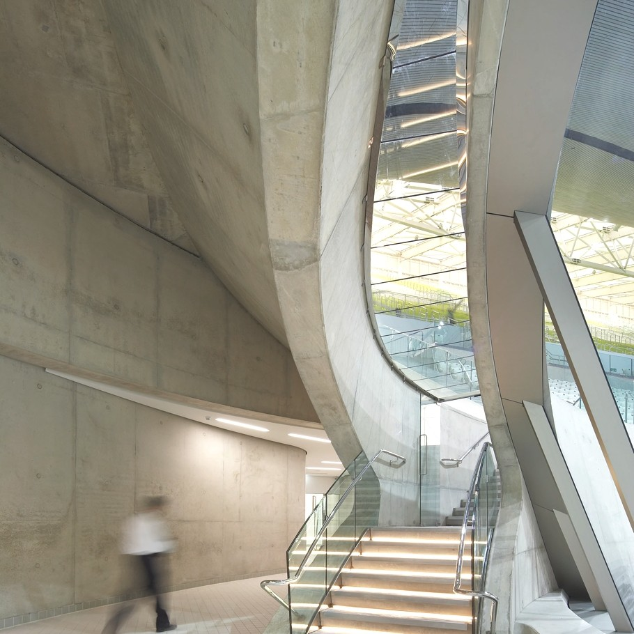 Zaha-Hadid-London-Aquatics-Centre-Adelto-00