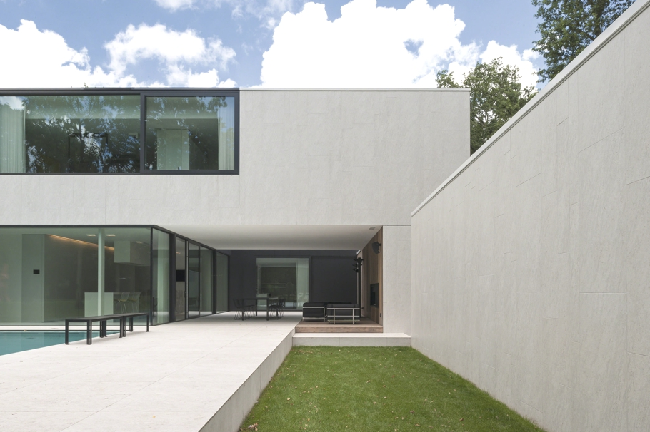 DM Residence in Belgium by Cubyc Architects « Adelto Adelto