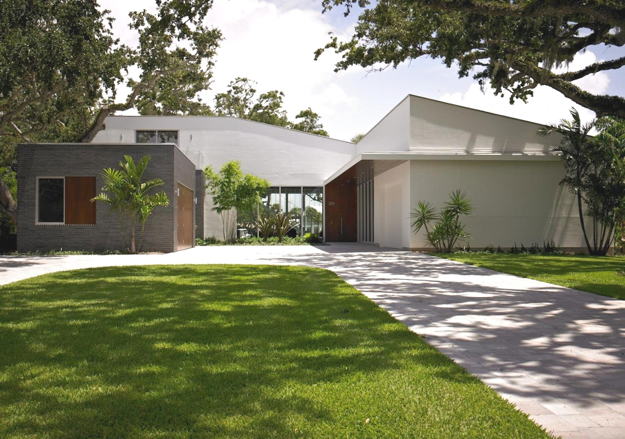 Contemporary-Homes-Florida-Adelto_00