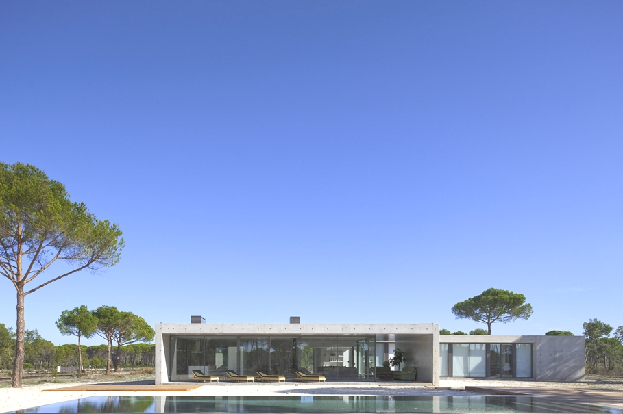 Contemporary-Homes-Portugal-Adelto-03