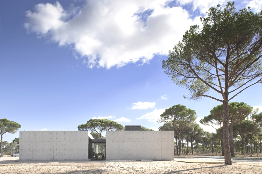 Contemporary-Homes-Portugal-Adelto-04