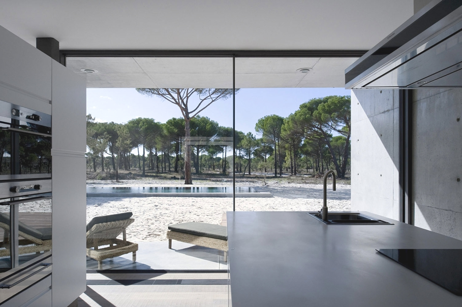 Contemporary-Homes-Portugal-Adelto-09
