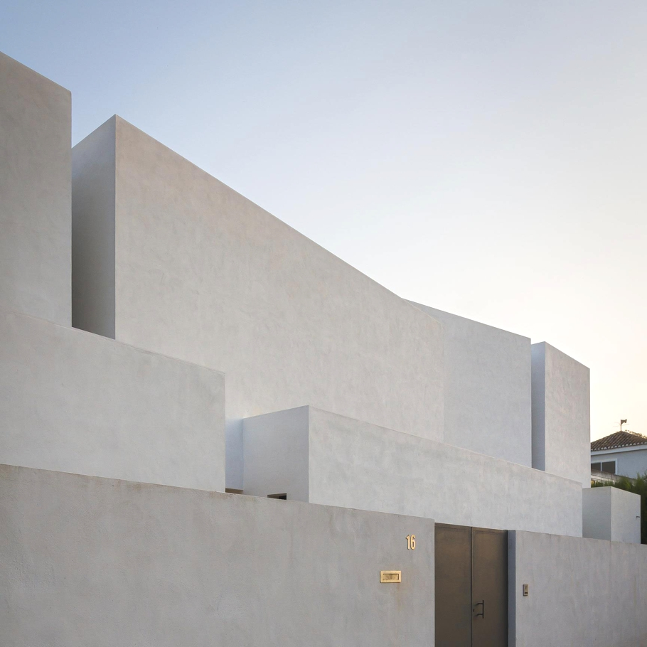 Contemporary-Homes-Spain-Adelto_01
