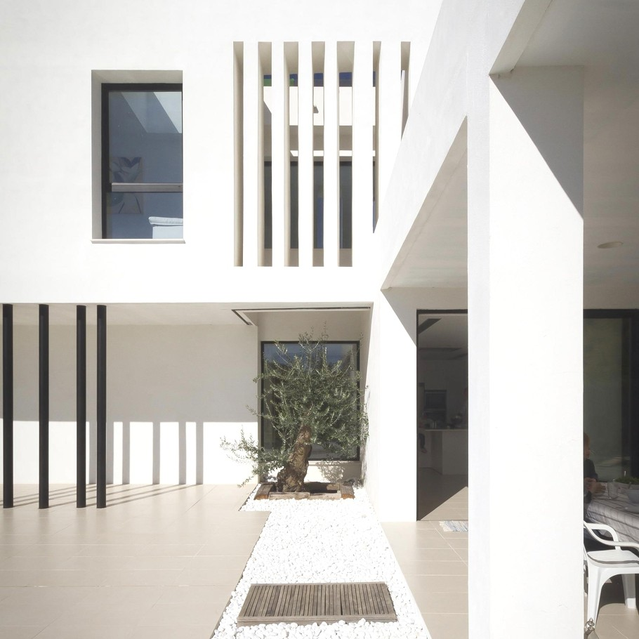 Contemporary-Homes-Spain-Adelto_09