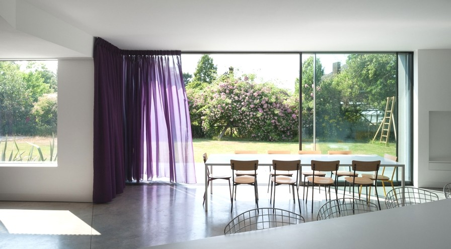 Contemporary-Homes-Surrey-England-Adelto-09