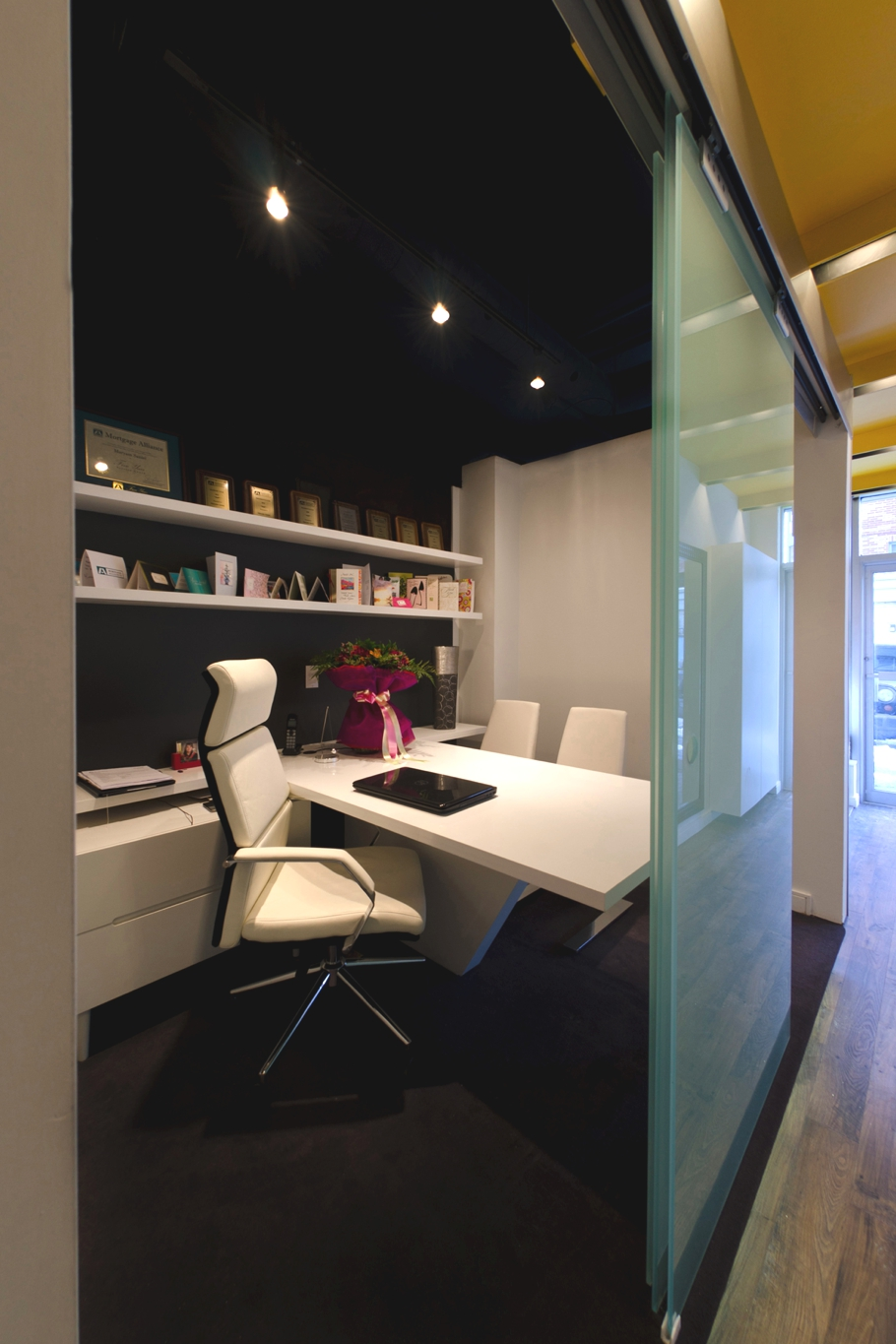 Contemporary-Office-Design-Ontario-Adelto-09