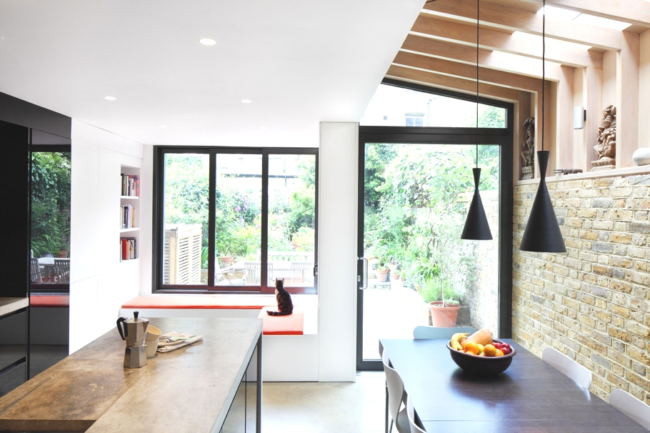 Contemporary-homes-London-England-Adelto-04