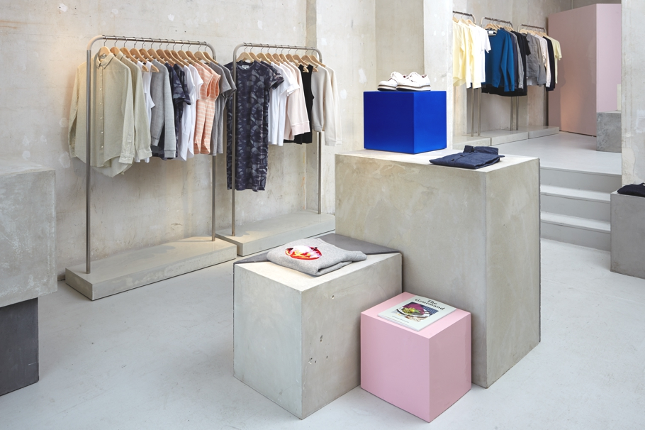 Fruit-Of-The-Loom-Pop-Up-Stores-Adelto-07