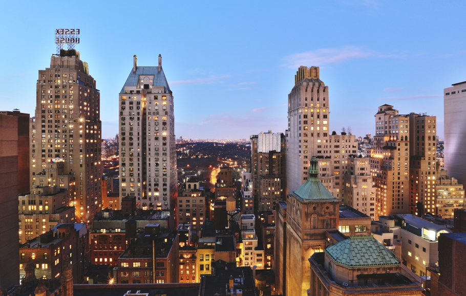 Luxury-Rooftop-Bars-New-York-Adelto-04