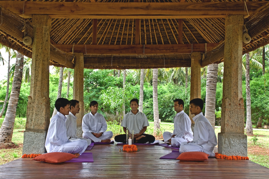 Yoga-Retreat-Bangalore-India-Adelto_08