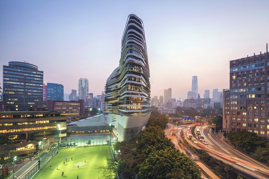 Contemporary-Architecture-Hong-Kong-Zaha-Hadid-Adelto_03