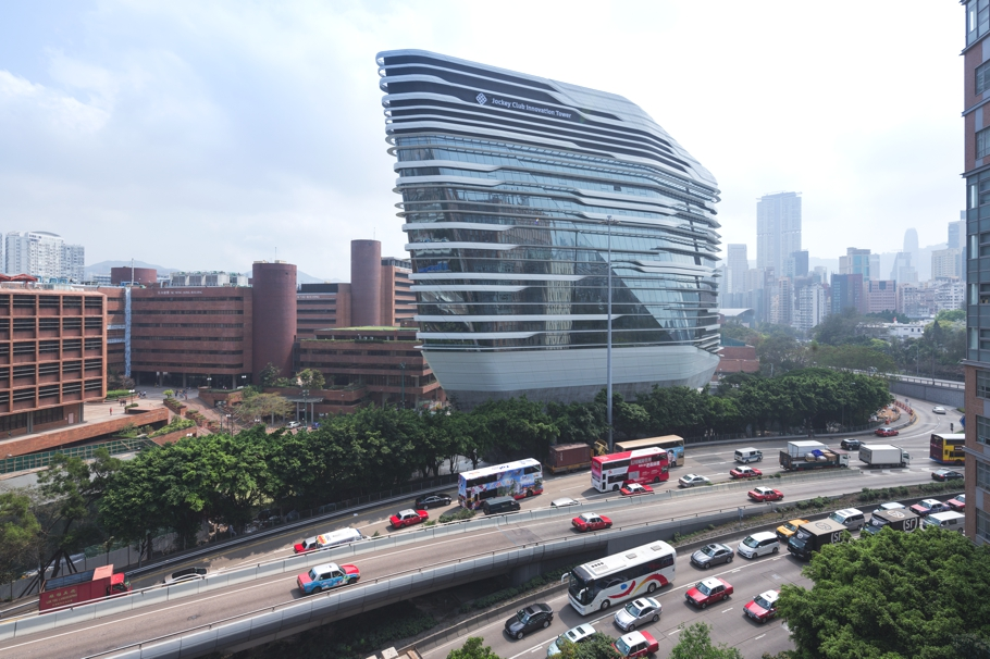 Contemporary-Architecture-Hong-Kong-Zaha-Hadid-Adelto_05