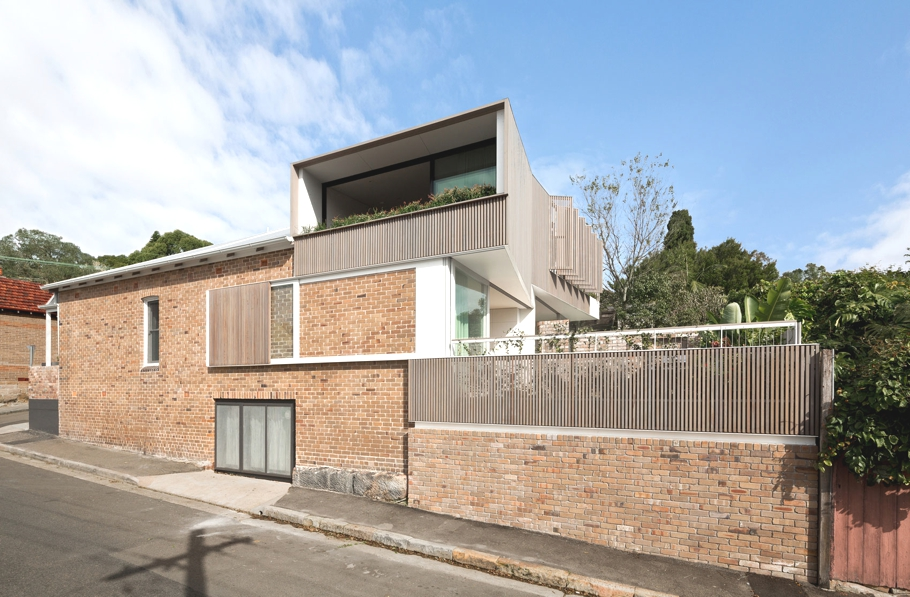 Contemporary-Homes-Balmain-Asutralia-Adelto_00