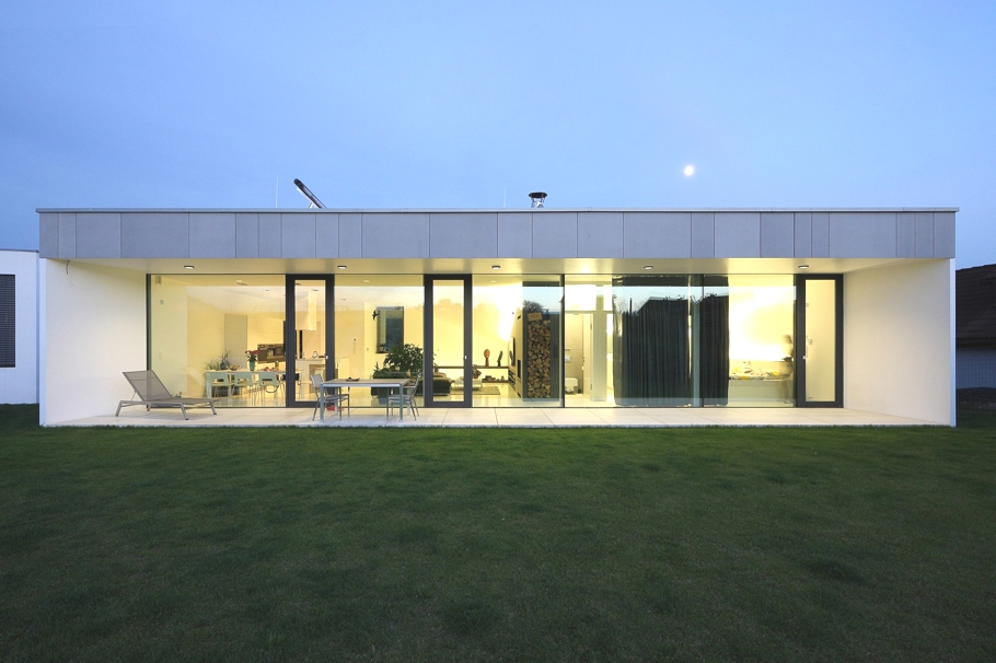 Contemporary-Homes-Slovakia-Adelto_12