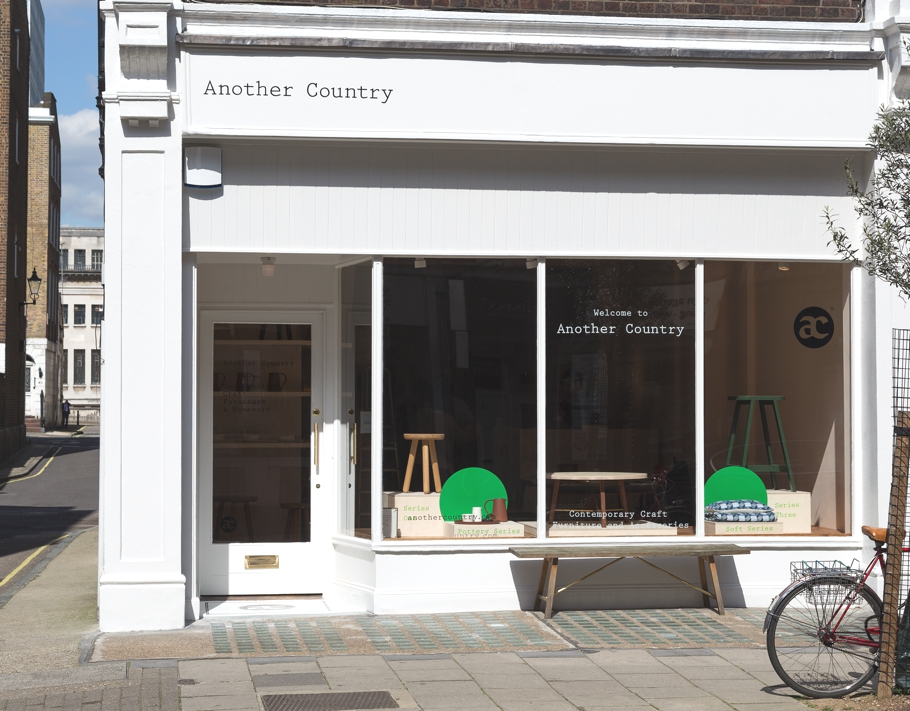 Contemporary-London-Store-Another-Country-Adelto_05