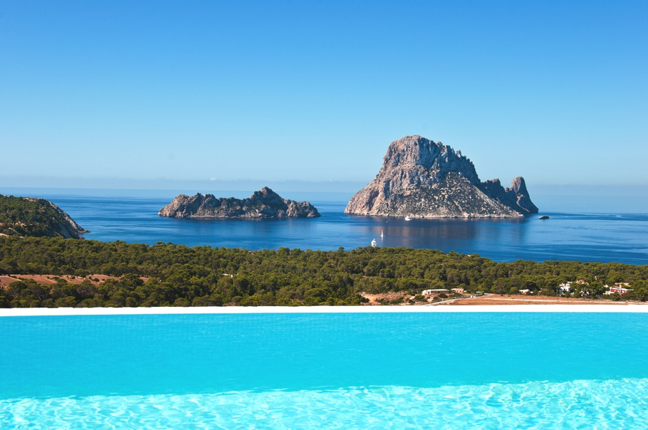 Luxury-Homes-Ibiza-Adelto_00