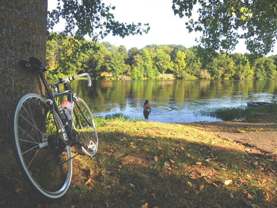 Reasons-to-explore-france-by-bike-Adelto_11
