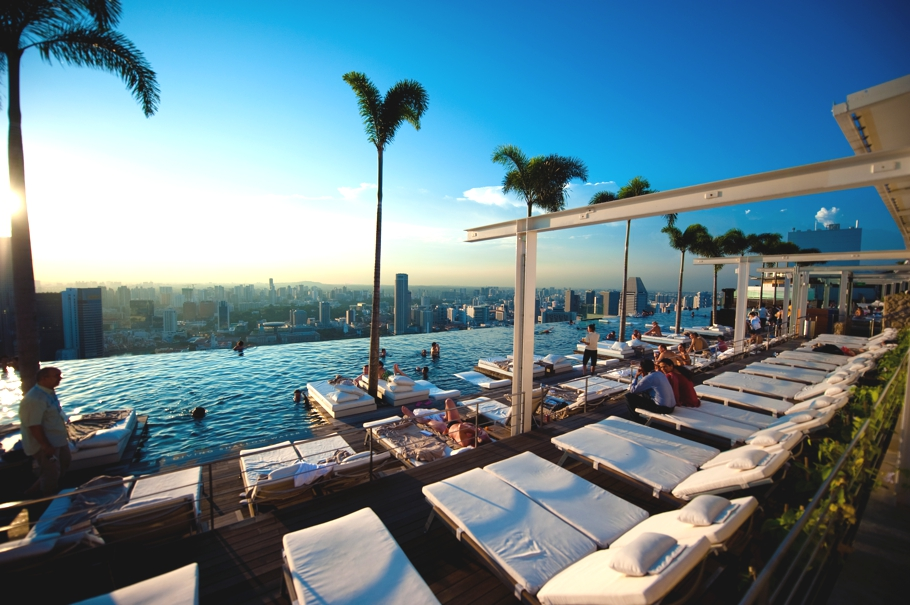 Best-Swimmimg-Pools-In-The-World-Adelto_08