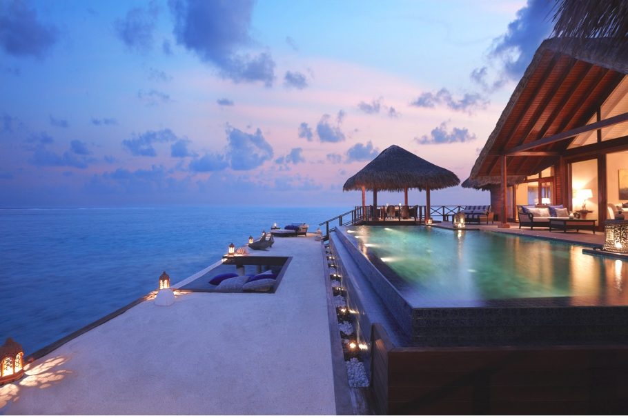 Best-Swimmimg-Pools-In-The-World-Adelto_10