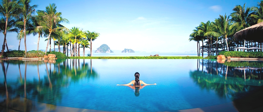 Best-Swimmimg-Pools-In-The-World-Adelto_11