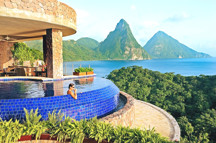 16 of the best hotel swimming pools in the world adelto adelto for Top ten swimming pools in the world