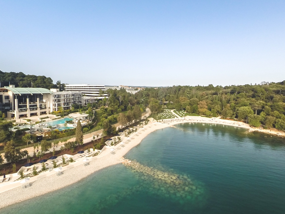luxury-beach-club-croatia-adelto_00