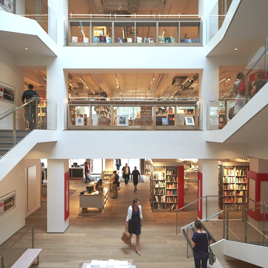 Foyles-bookstore-london-adelto_13
