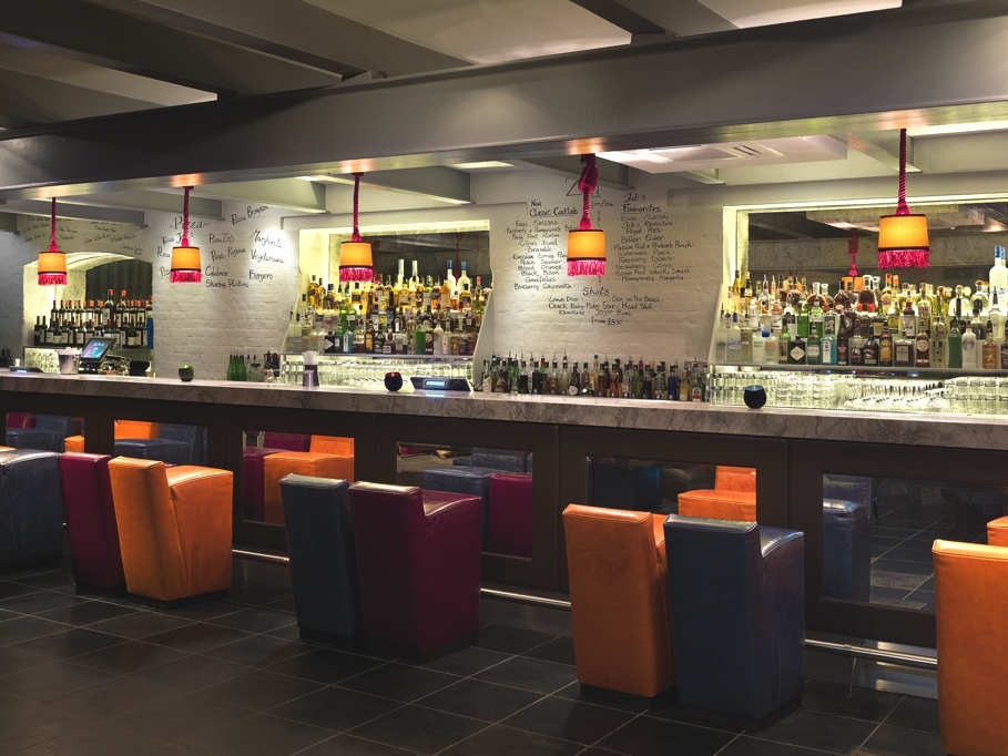 luxury-bar-design-london-kings-road-adelto_08