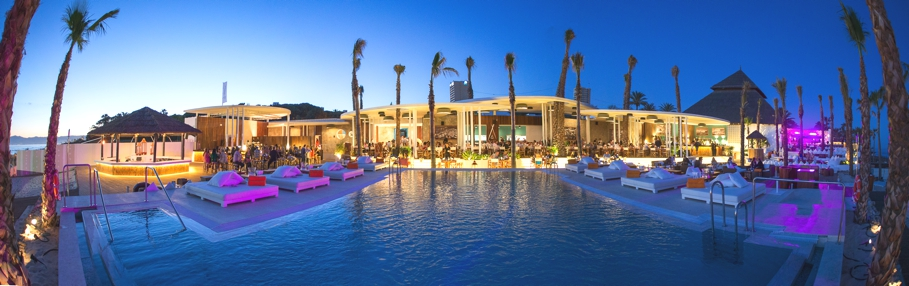 luxury-beach-club-marbella-adelto_00