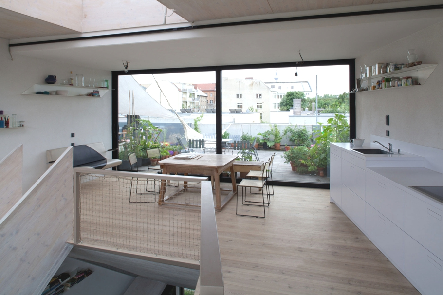 contemporary-homes-berlin-germany-adelto-11
