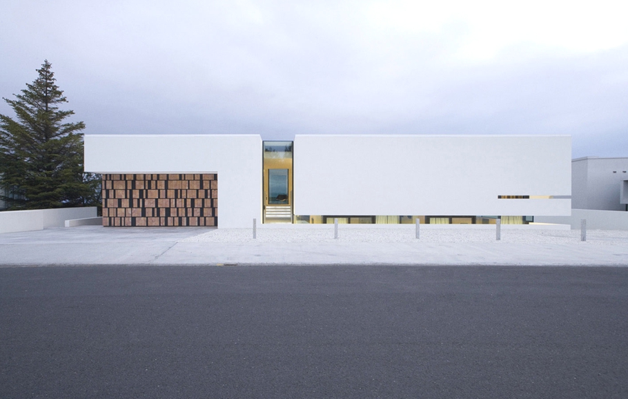 contemporary-homes-iceland-adelto_00