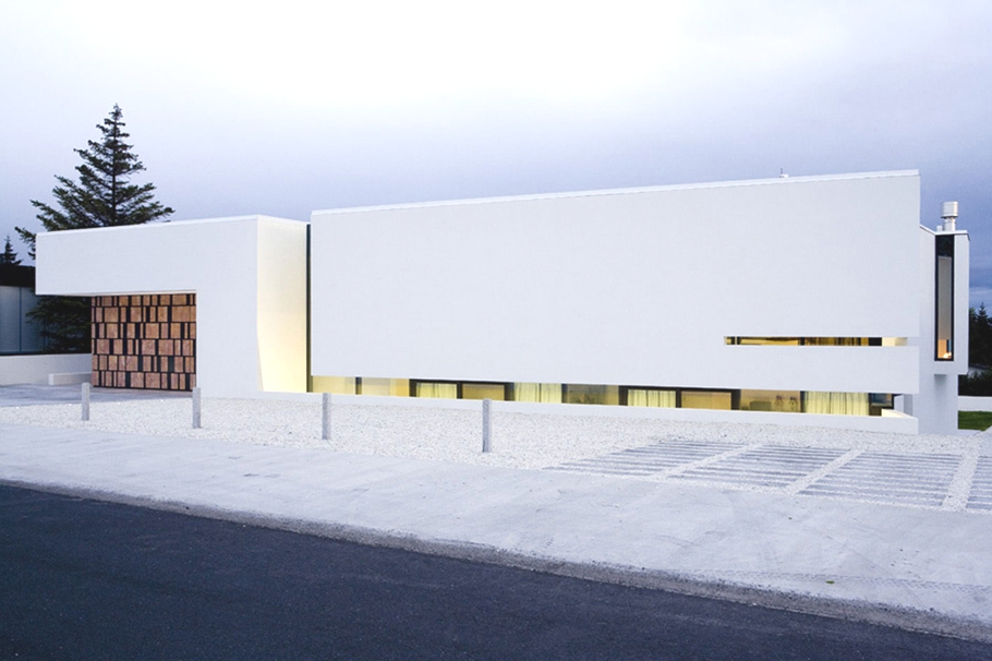 contemporary-homes-iceland-adelto_01