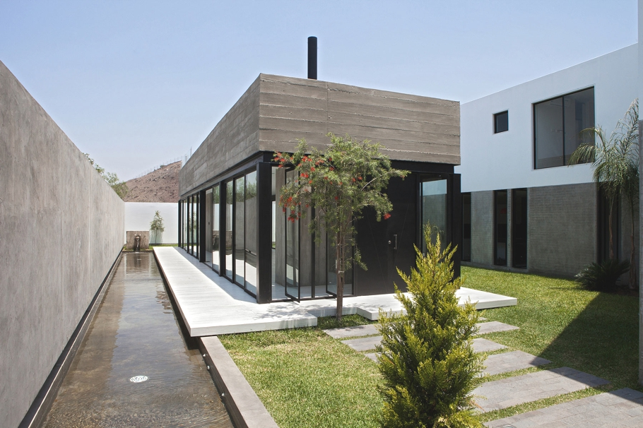 contemporary-housing-design-lima-peru-adelto_01
