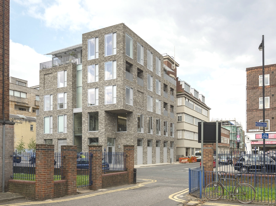 contemporary-housing-design-london-england-adelto_00