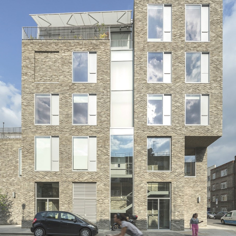contemporary-housing-design-london-england-adelto_02
