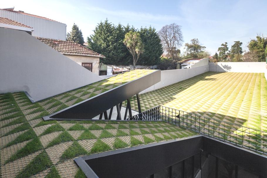 contemporary-housing-design-oporto-adelto_03