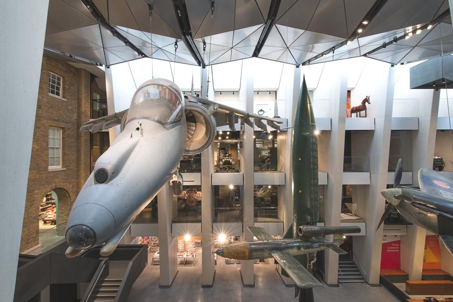 imperial-war-museum-london-waorld-war-gallery-adelto_03