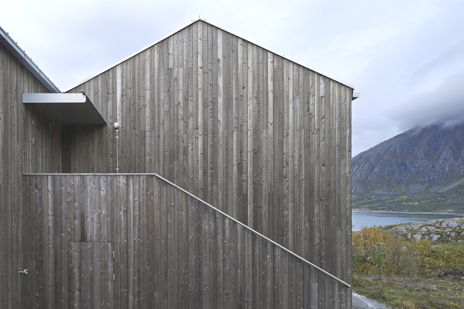 modern-designed-homes-norway-adelto-04
